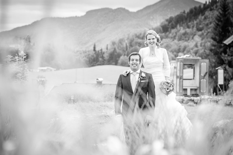 Brautpaar Shooting oder Brautshooting - Hochzeitsfotos in Salzburg, in der Nähe von Fuschl